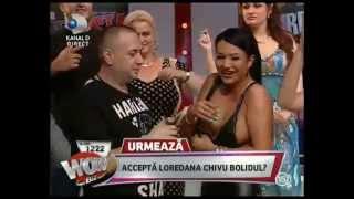 getlinkyoutube.com-Dezmăț în emisie directă! Au dansat cu sânii goi, sub o ploaie de bani