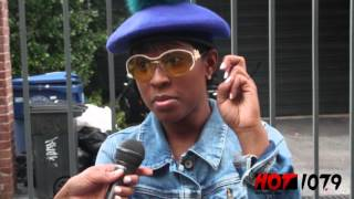 getlinkyoutube.com-Is Dej Loaf Dating?