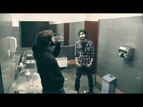 Alfredo González con Pablo Moro - El Último Taxi videoclip