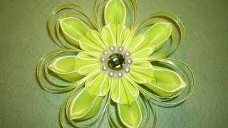 getlinkyoutube.com-Цветок Канзаши из Атласных лент. Своими руками Мастер- класс. / DIY Flowers