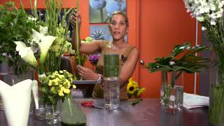 getlinkyoutube.com-How to Make Tall Centerpieces : Wedding Flowers & Centerpieces