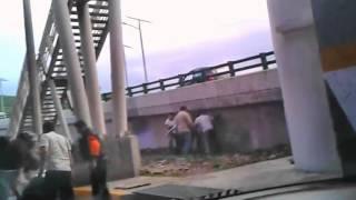 getlinkyoutube.com-Madriza a unos rateros en Tlalnepantla