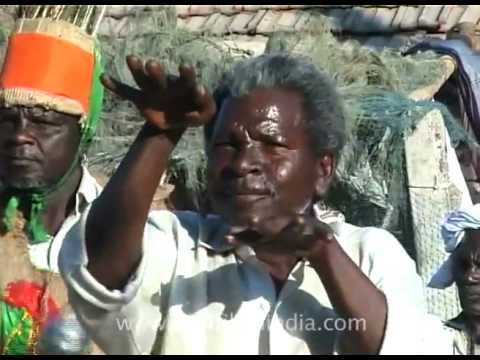 Siddhi tribal from Gujarat dances like an African