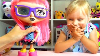 getlinkyoutube.com-Новая кукла Алисы Гебби интерактивная кукла Interactive doll Gabby doll for kids unboxing