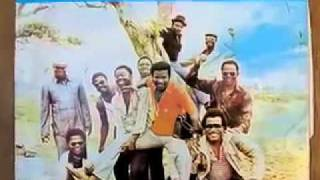 getlinkyoutube.com-Zizi-T.P.Orchestre Poly-Rythmo de Cotonou.Benin.mov
