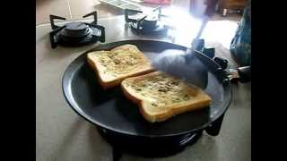 getlinkyoutube.com-Homemade garlic bread toast