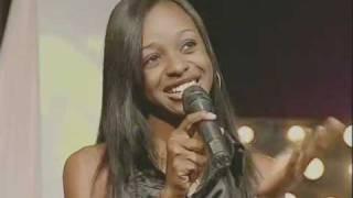 getlinkyoutube.com-Vodacom Superstar Congo - Noemy Ebonda durant la finale, devant Akon
