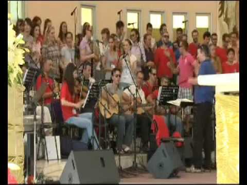 Medjugorje Youthfest Orchestra and Choir - Yes, Jesus loves me