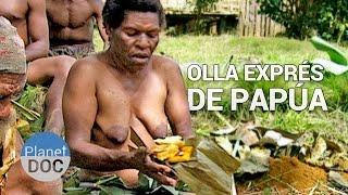 getlinkyoutube.com-Curiosidades del Mundo | Olla Expres de Papua - Planet Doc