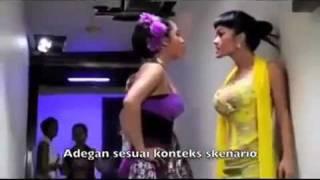 getlinkyoutube.com-Girls Fight Indonesia