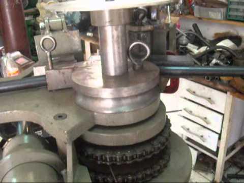 dobradeira de tubos hidraulica