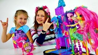 getlinkyoutube.com-Игры для девочек. Куклы - Май Литл Пони, Настя и Ксюша. Рок-группа Девочек Пони. Распаковка игрушек