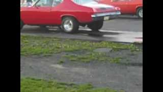 getlinkyoutube.com-1969 Chevelle w/ 454 vs 1971 Nova w/ 383