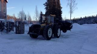 getlinkyoutube.com-Valmet H810 transporterar bil