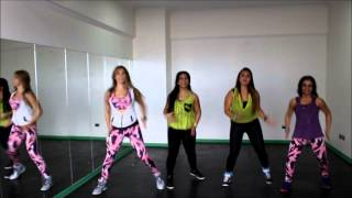 getlinkyoutube.com-la la la la - Shakira - Zumba® Fitness - Romy Sibel CHILE choreography