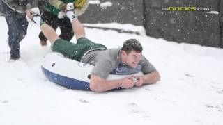 Video: Duck football team plays in the snow