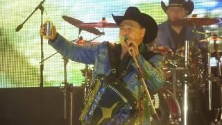 getlinkyoutube.com-Los Huracanes del Norte - Soy Troquero Ya Llegue de La Parranda (En Vivo)