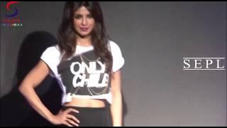 getlinkyoutube.com-Oops!! Naughty Gal Priyanka Chopra's Exposing Her Inner Wear