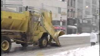 getlinkyoutube.com-Various New York State Snowplows in the 80s and 90s