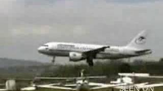 getlinkyoutube.com-cowboy airline pilot makes a scary takeoff