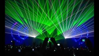getlinkyoutube.com-Martin Garrix Animals vs Tsunami (Remix)