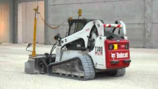 getlinkyoutube.com-Bobcat T300 +lama laser Spektra-Lunardi Scavi