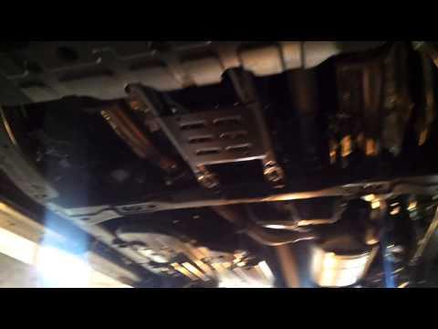Защита двигателя на Toyota Land Cruiser 200