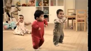 Kit Kat Dancing Kids TV Commercial - YouTube_0