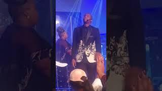 Joyous Celebration 22 (CapeTown) - Njengendluzela width=