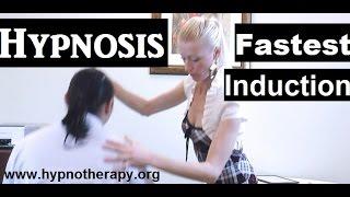 getlinkyoutube.com-Female Hypnotist: Fastest Hypnosis Induction Demonstration #hypno #NLP #hypnosis