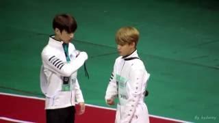 getlinkyoutube.com-(Fancam)20160829-방탄소년단 BTS 아육대 지민&정국Jikook moment