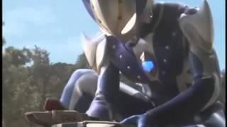 Ultraman Mebius vs Dinozaur Reverse