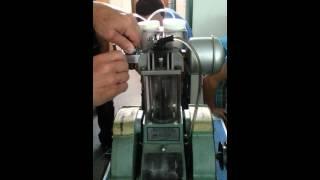 getlinkyoutube.com-4 takt motor mit glas zylinder
