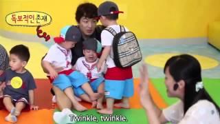 getlinkyoutube.com-Let's Follow Daehan Minguk Manse Goes To School   대한민국만세 2015 Song Triplet Superman
