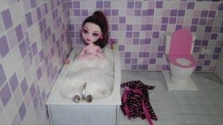 getlinkyoutube.com-Como fazer um banheiro (banheira) para boneca Monster High, Barbie, Pullip e etc