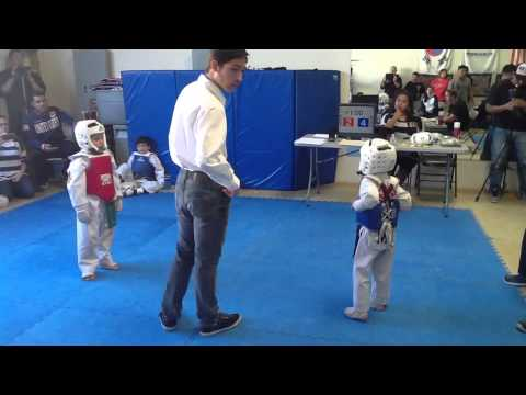 6/7 year old sparring match at Knockout Martial Arts in Rancho Cucamonga