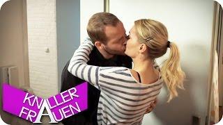 getlinkyoutube.com-Ich liebe dich... - Knallerfrauen mit Martina Hill