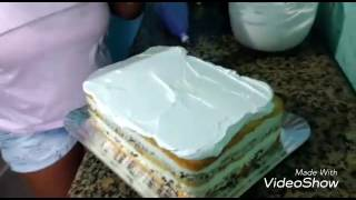 getlinkyoutube.com-Confeitando bolo com terna da princesa sofia