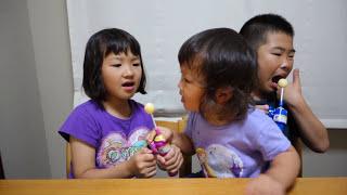 getlinkyoutube.com-ドラえもんの巨大ロリポップキャンディをたべるせんももあい Doraemon Jumbo Lollipop Candy