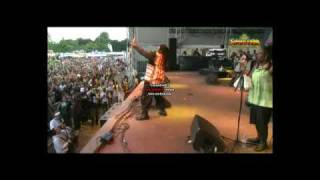 LUCIANO - Give Praise (Live Summerjam 2008)