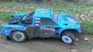 SC8.2e on muddy race track
