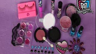 getlinkyoutube.com-Monster High Ghoul's Night Out Beauty Set