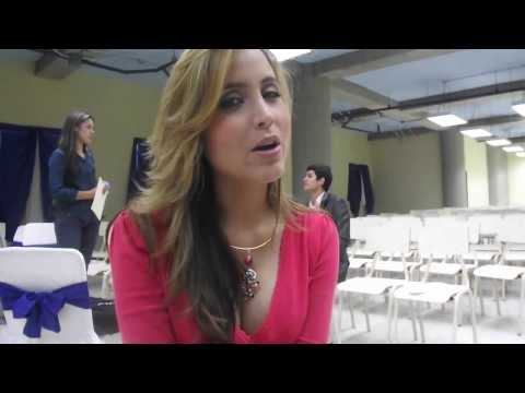 Saludos de Ana Alicia Alba al Show de Abril Barinas!