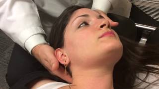 "getlinkyoutube.com-""A BIG LOUD SPINE CRACK"" On A Petite Female: Chiropractic Adjustment Raleigh NC"