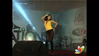 getlinkyoutube.com-Oviya Dance | Sillunu Oru Sandhippu | Single Track Launch | Loyola College