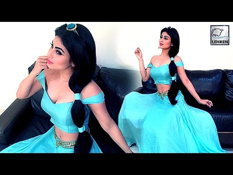 Mouni Roy Nipple Pokie sexy milky white Cleavages HD Video – She has got huge tits Side Boobs wow