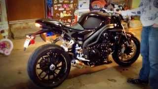 getlinkyoutube.com-Triumph Speed Triple 1050 Werkes MotoGP Slipon