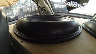 getlinkyoutube.com-INSANE WOOFER FLEX - 10hz 5000 WATTS - (slow mo stretch and blow)