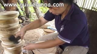 getlinkyoutube.com-แกะสลัก ไม้ฉำฉา บ้านทากาด แม่ทา ลำพูน Wood carving in Lamphun, Thailand