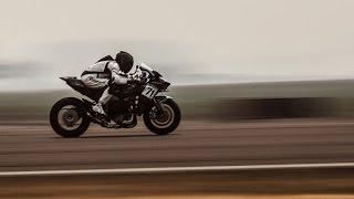 getlinkyoutube.com-Kawasaki H2R 200-mph Review
